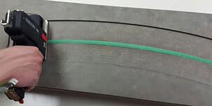 Etiquetar las piezas de plástico
