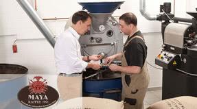 Marcaje de los productos más finos en la torrefactora de café Maya